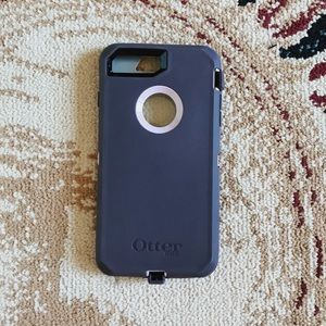 GENTLY USED purple iphone 7/8 plus otterbox